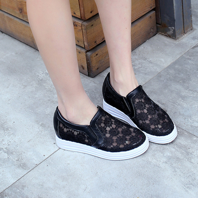 2017 Summer Women Shoes Casual Platform Flats Cutouts Lace Canvas Shoes Mesh Breathable Hollow Floral Shoe White Black OR914221 hot sale summer women shoes cutouts lace canvas shoes hollow floral breathable platform flats shoe sapato feminino zapatos mujer