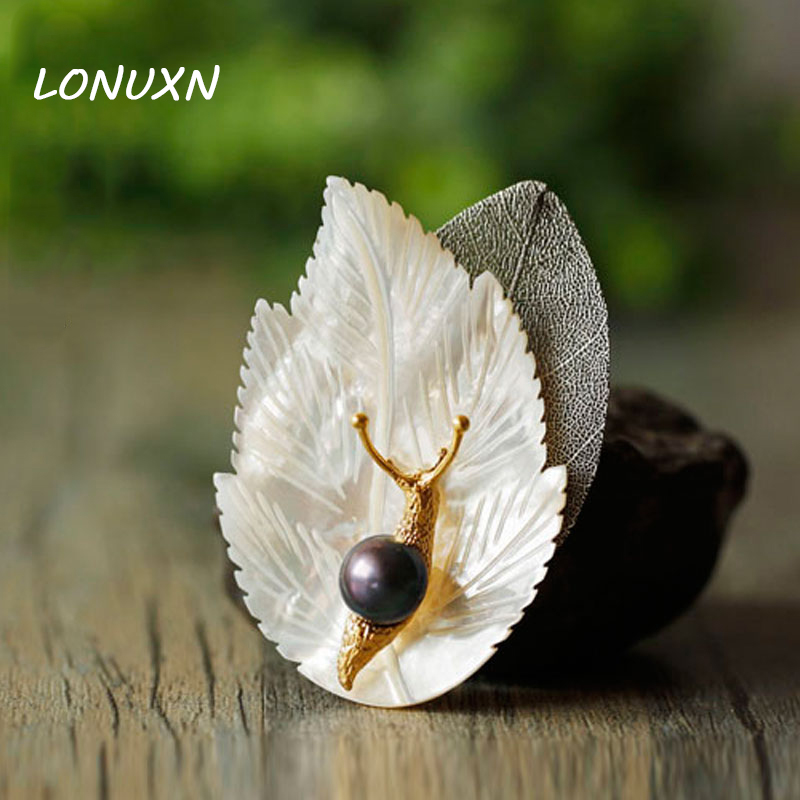 6.5x4.5cm Antique shell Metal Snail leaves Brooches With Natural Stone freshwater Pearl Brooch Pins Women Vintage Jewelry gift6.5x4.5cm Antique shell Metal Snail leaves Brooches With Natural Stone freshwater Pearl Brooch Pins Women Vintage Jewelry gift