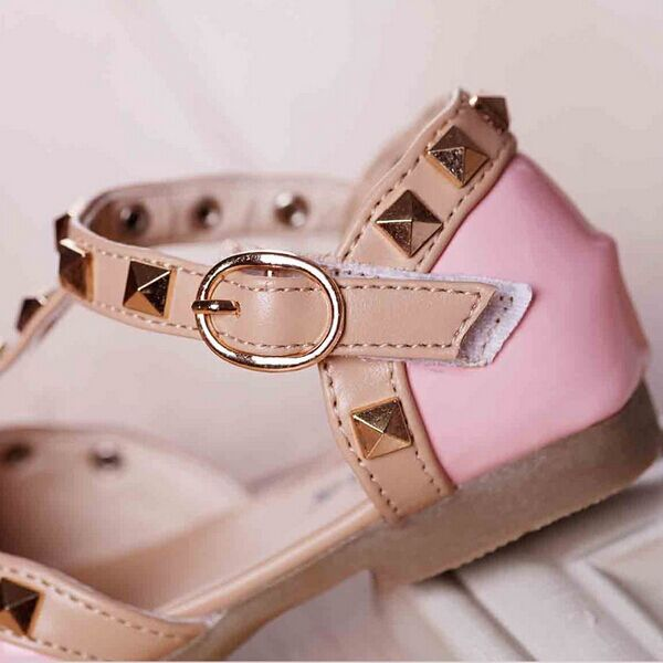 New-Arrival-2017-Spring-Summer-Girls-One-stap-Studs-Sandal-Children-Rivets-T-Strap-Shoes-Patent-Leather-Red-Pink-White-Black-4