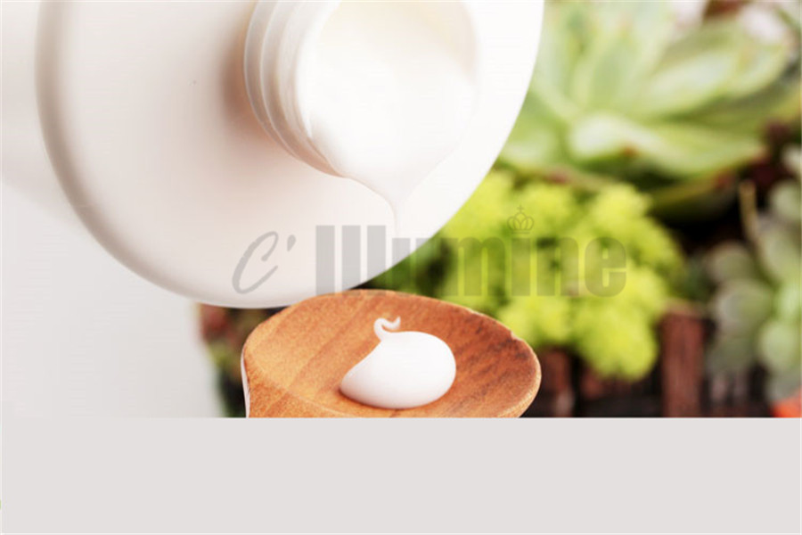 Face Hyaluronic Acid Moisturizing Anti Wrinkle Milk Lotion Beauty Salon 1000mlFace Hyaluronic Acid Moisturizing Anti Wrinkle Milk Lotion Beauty Salon 1000ml