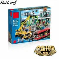 New Town Square City Blocks Crane Building Blocks Bricks Compatible Legoinglys City 60026 Educational Toys for Children Gift