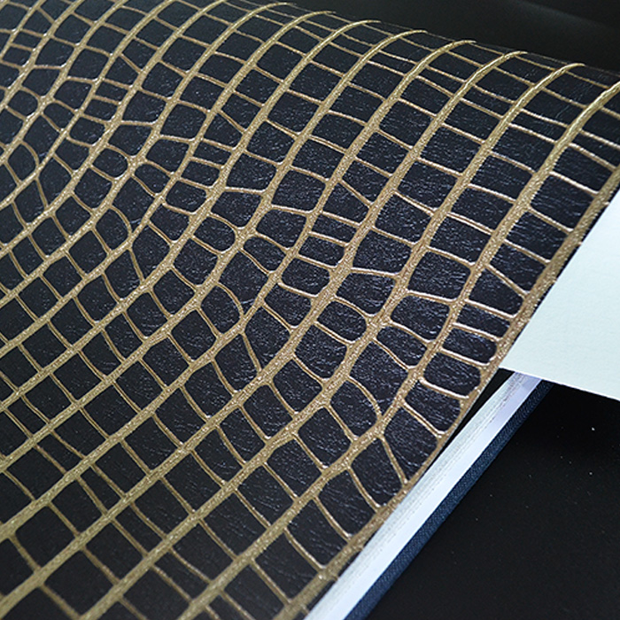 Leather Crocodile Design Black Gold Embossed Modern Textured Wallpaper Roll Decor crocodile crocodile cr225r black gold page 8