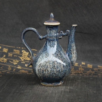 Chinese old porcelain old Jingdezhen Porcelain Wine Pot