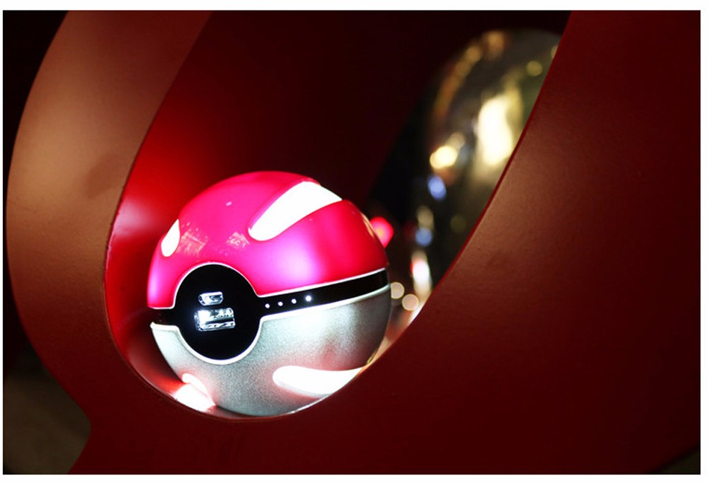 SD72-Portable-Pokeball-Go-Ball-First-Generation-Power-Bank-4000mAh-External-Battery-Charger-Backup-Magic-Ball-For-iPhone-5s-6s- (3)