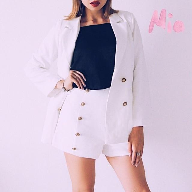 2018 New Women Korean Casual Shorts Pant Pure White Double Breast Golden Button High Waistline Lady Suits Female Suit