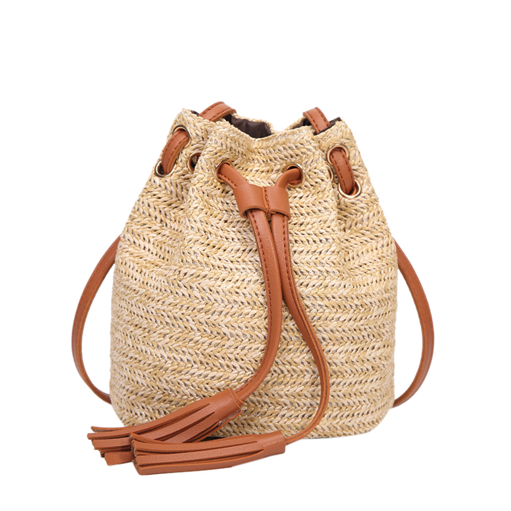 ee72b24c3c9f 2018 Vip Dropshipping women straw bag Women Fashion High Capacity Weave Wooden  Beads Tassels Shoulder Bucket Bag bolsos mujer