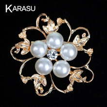 Fashion Hollow Out Flower Leaf with Five Simulated Pearl Rhinestone Brooch for Women Scarf Brooches Pins Jewelry Accessories