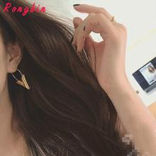 Vintage Personality Gold Big V Shape Geometric Earrings for Women Exaggerated Dangle Earrings Brinco Earing Eardrops