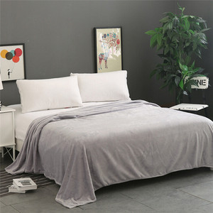 Image 2 - סופר רך חם מוצק חם מיקרו קטיפה שמיכת צמר שטיח ספה מצעים כפול כיסוי המיטה שמיכות למיטה מכסה