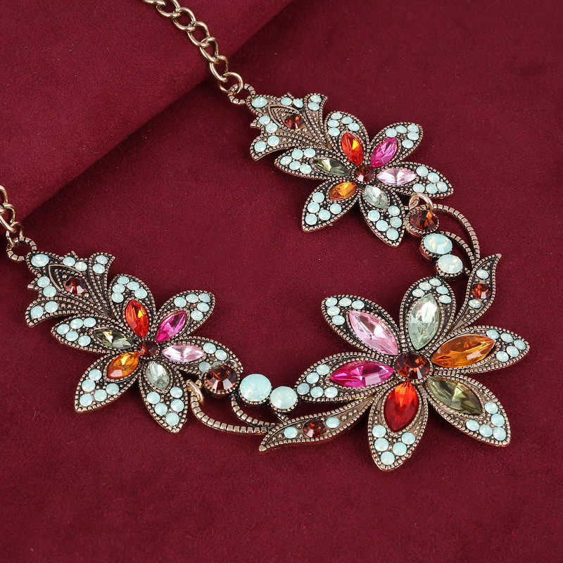 19 Fashion Designer Chain Choker Statement Necklace Women Necklace Bib Necklaces & Pendants Gold Silver Chain Vintage Jewelry 8