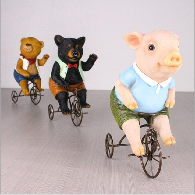 Lovely Animal Bicycling Figurines Dolls Clical House Decoration Resin Crafts Pig Bear Home Decor For
