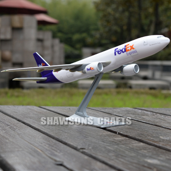 AIRCRAFT MODELS 1:200 PLANE BOEING 777F EXPRESS REPLICA