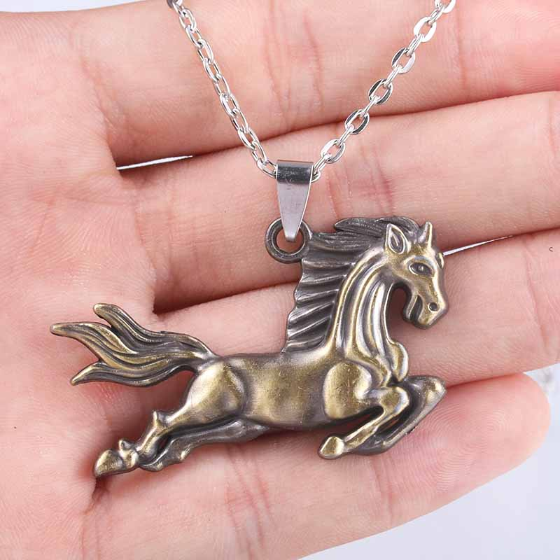 VIYANG Top Craft Charm Jewelry Handsome Horse Necklace Pendant Beautiful Stylish Male and Female Pendant Necklace Jewelry