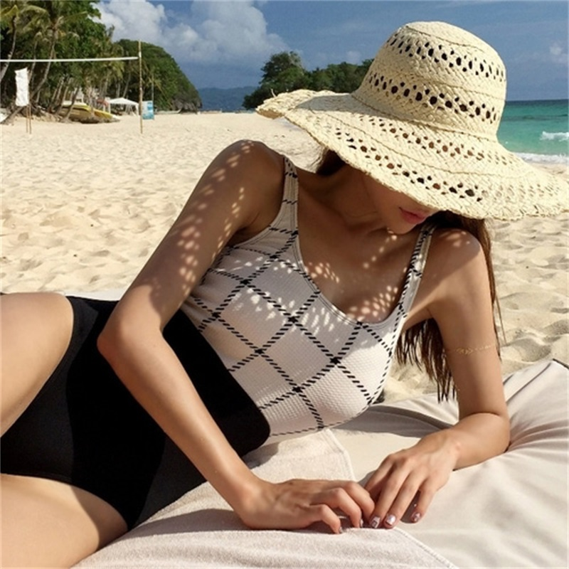 2017 Plaid Women Swimsuit Sexy Swimwear Backless Female Vintage One Piece Bathing Suit Retro Ladies Push Up Maillot Beach Wear 2017 sexy women one piece swimsuit swimwear retro vintage bathing suit beachwear ruffled backless