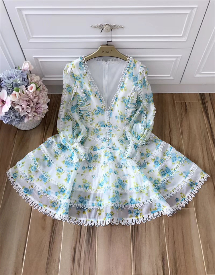 Europe Runway Designer Dress 2018 Women's High Quality Puff Sleeve Sexy V-neck Floral Printed Embroidery Button Resort Dress