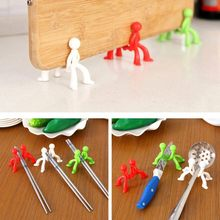 1pcs Spoon Rests & Pot Clips Cooking Tools silicone Little people modelling prevent Kitchen Accessories tool holder block frame