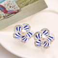 hot selling brand jewery luxury crystal imitation stud earrings for women Pearl flowers earrings for summer style