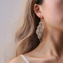 Linnor Elegant Gold Leaves Earring Gold color Simple Styles Plant Long Earing for Women Banquet Jewellery 2018 New Fashion(China)