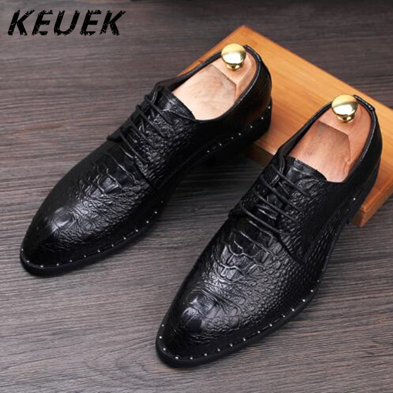 Fashion Men Derby Shoes Pointed toe Lace Up Casual Dress leather shoes Crocodile pattern Male Flats