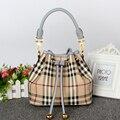Зима новый Европейский и Американский кожаный мешок ведро сумка простой замок кожаная сумка моды хит цвет сумки на ремне,