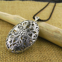 925 pure authentic Thai silver pendant retro atmosphere intime hollow pattern sweater chain pendant Ms.