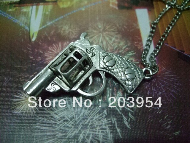 Hot sale!2013 free ship,Jewelry,metal,for ladies mens,1pcs,wholesale,new Revolvers Gun Silver Color Pendant Necklace Chain K017