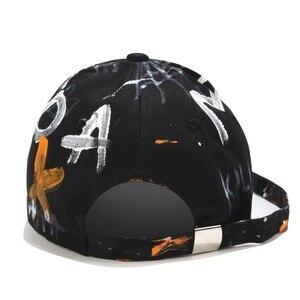 Image 5 - [RoxCober] di Modo Fatti A Mano graffiti berretto da baseball Cappellini per Gli Uomini le donne cinghia Lunga Snapback Cappellini Regolabile Hip Hop cappelli Visiere unisex