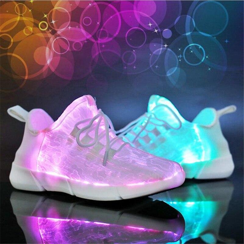 Nouveau été LED blanc Fiber optique chaussures pour filles garçons hommes femmes USB Recharge rougeoyante baskets LED homme allumer chaussures taille 25-46