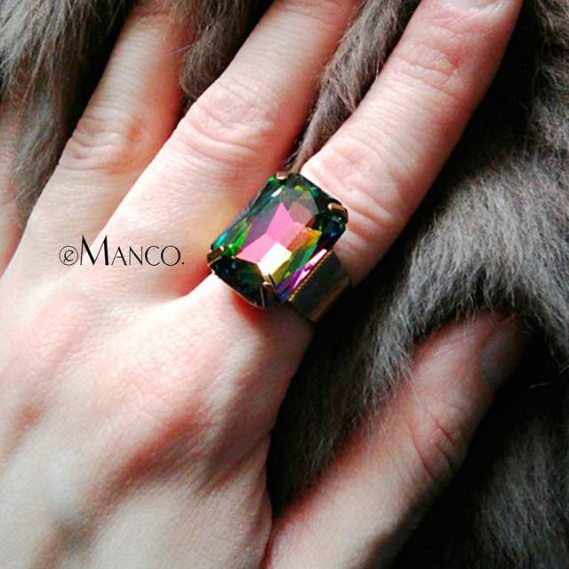 Última Moda cristal geométrico anéis de safira para mulheres 2014 clássico strass clássico banhado a ouro forcado armação ajuste do anel RG2700
