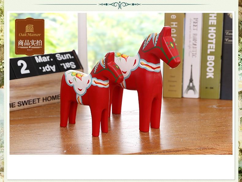 Carrousel suédois mariage cheval rouge ensemble maison salon meuble TV accessoires