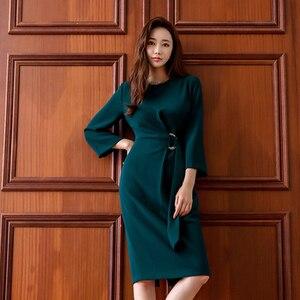 Женское платье-карандаш с круглым вырезом, зеленое офисное платье миди с драпировкой, длинным рукавом и поясом, осень 2019
