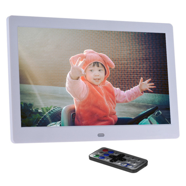7 Inches Digital Photo Frame Screen  Electronic Portrait Album 800 *480 with Remote Control Video Functions Clock Desktop