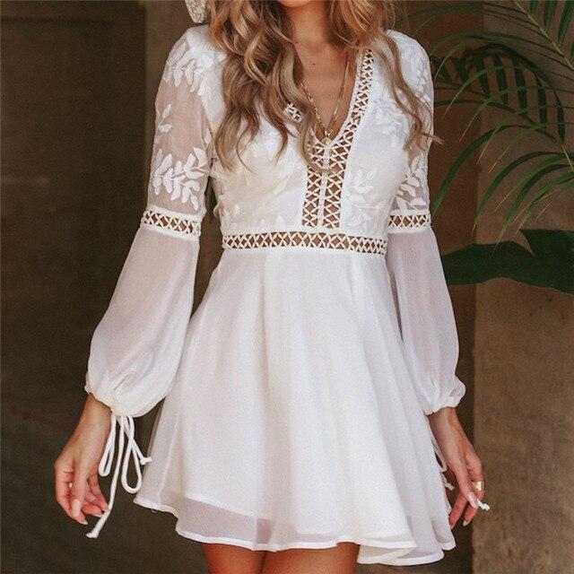 f35d4cb72f5e2 Yeni Moda Kadınlar Casual Seksi V Yaka Uzun Kollu Dantel Trim Kısa Mini Elbise  beyaz elbise