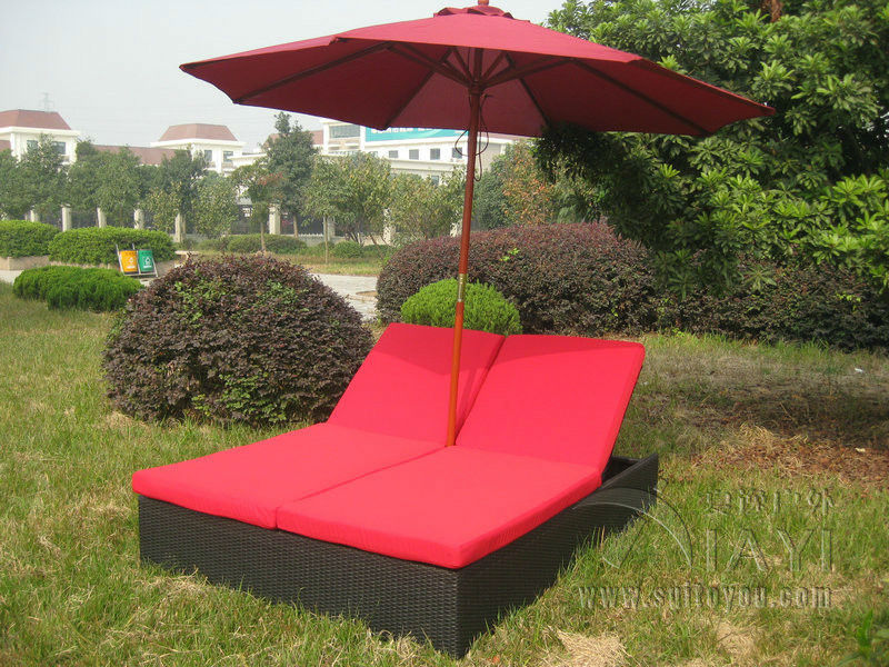 Comfortable Outdoor Rattan Daybed Wicker Double Chaise Lounge Transport By Sea