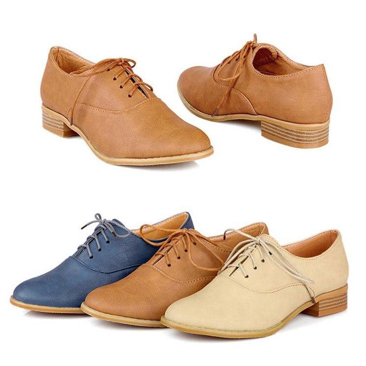 8f631a0079a6f New 2014 Fashion Vintage Lace Up Women Flat Shoes British Style Oxford  Shoes for Women Plus Size 34 43 Retro Ladies Casual Shoes en Pisos de las  mujeres de ...