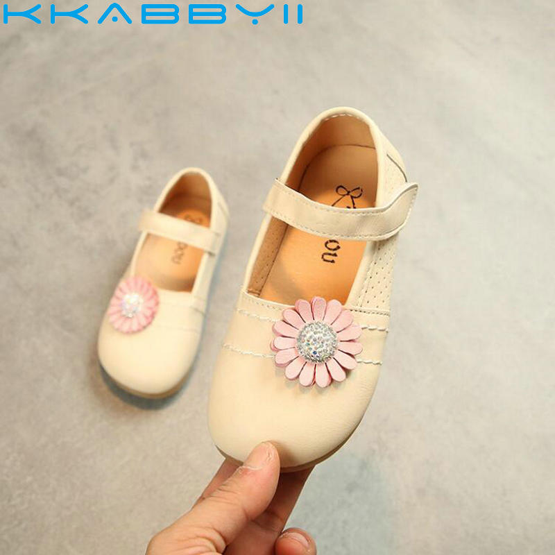 Fashion Girls Leather Shoes Spring Children Toddler Shoes Sun Flower Baby Princess Sandals Round Small Single Shoe