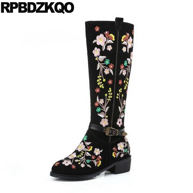Suede Embroidery Black Side Zip Boots Flat Round Toe Embroidered Long Shoes Luxury Knee High Winter Chinese Women GenuineSuede Embroidery Black Side Zip Boots Flat Round Toe Embroidered Long Shoes Luxury Knee High Winter Chinese Women Genuine