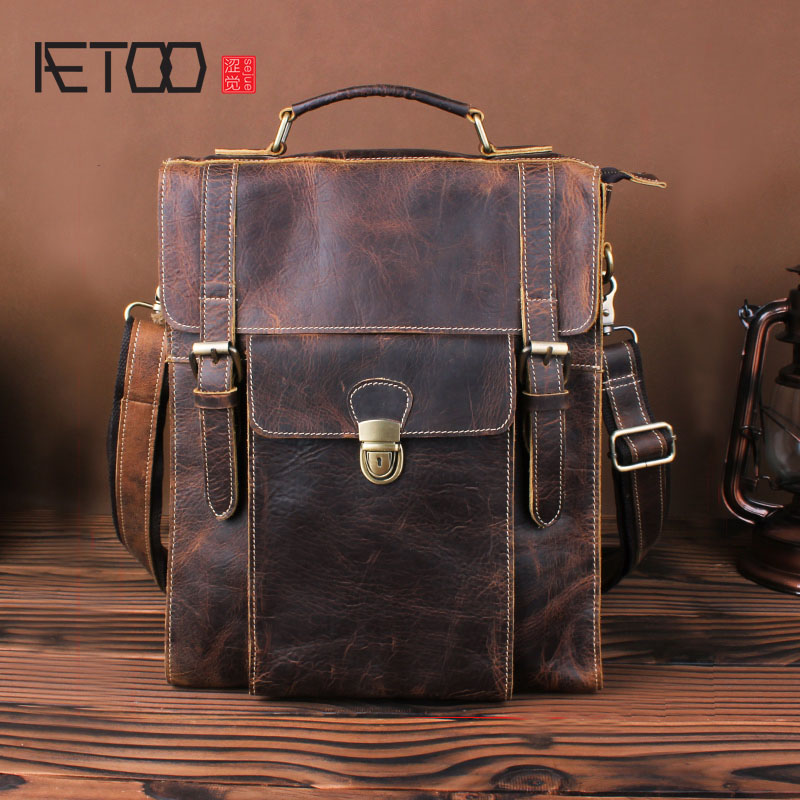 AETOO Crazy horse skin retro shoulder bag male first layer leather leather backpack personality multi - functional student bag aetoo crazy horse skin large capacity shoulder bag male imports the first layer of leather handmade backpack female travel bag