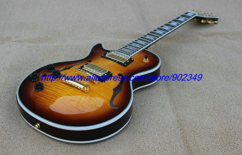 все цены на Wholesale Deluxe  custom shop desert sunburst electric guitar with F hole EMS free shipping онлайн