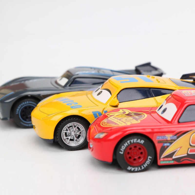 4 個 7-9 センチメートル Disney Pixar 車 3 おもちゃライトニングマックィーン母校 · ジャクソン嵐クルスラミレススモーキーダイキャスト金属カーモデル