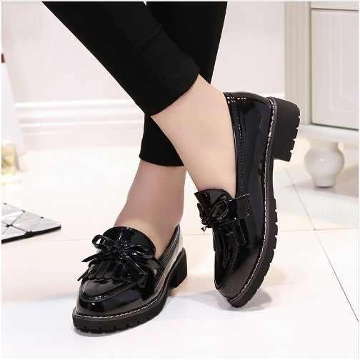 2018 Sıcak Klasik moda ayakkabılar Kadın Rahat Sivri Burun Siyah Oxford Ayakkabı Kadınlar Flats Rahat Kadın Ayakkabı üzerinde Kayma 35 -40