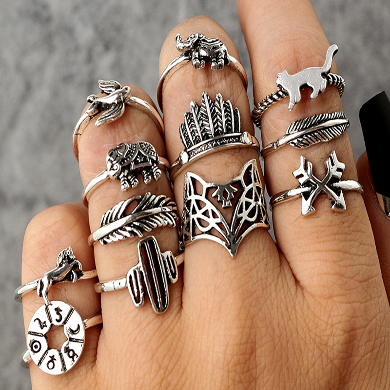 Tocona 12pcs/Set Bohemia Antique Silver Arrow Elephant Fox Lion Pony Pattern Carved Animal Rings Sets for Women Jewelry 4676