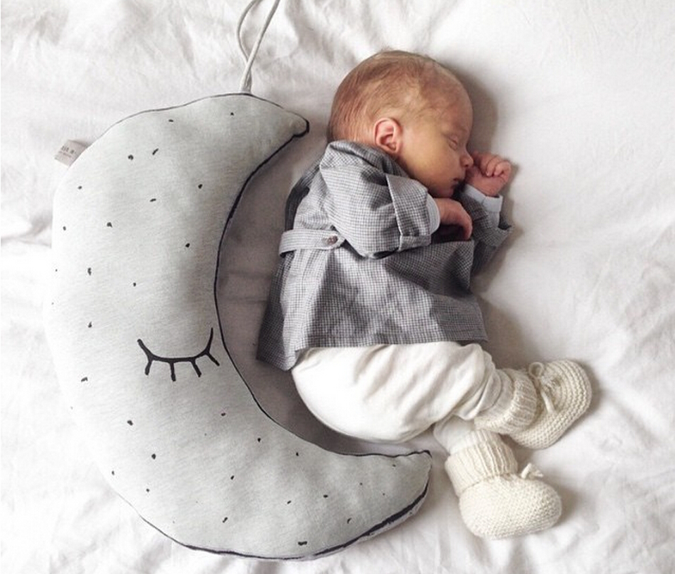 1pc INS Hot Cotton Glow In The Dark Luminous Moon Placate Stuffed Toys For Baby Children