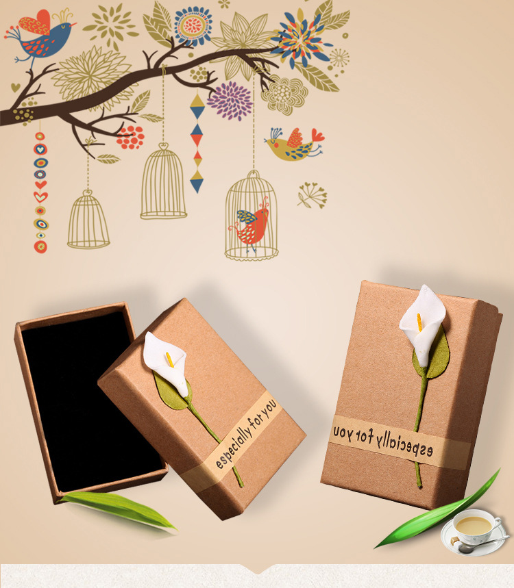 20 Pcs Lot Kraft Paper Gift Boxes With White Flower Jewelry Ring Necklace Pendant Persentation Box Cases Display Packaging in Jewelry Packaging Display from Jewelry Accessories
