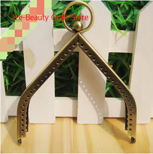 Triangle 11cm bronze coin purse metal frame handle for DIY iphone bag purses clasp accessories for purses10pcs/lot S0113