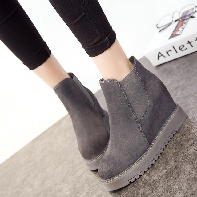 Kadın botları 2018 yeni sonbahar ve kış kar botları gerçek deri kama kalın alt artan yarım çizmeler kış ayakkabı