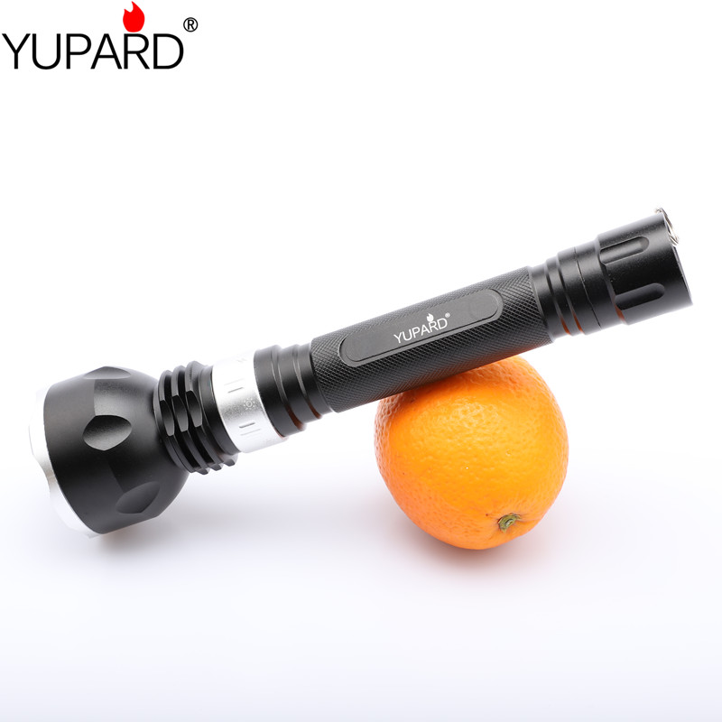 YUPARD XM-L2 T6 LED underwater Diving diver Flashlight Waterproof yellow white light fish+2*rechargeable 18650 Battery+Charger underwater 18650 diving flashlight led torch t6 u2 yellow l2 lamp waterproof fishing light lamp by rechargeable battery