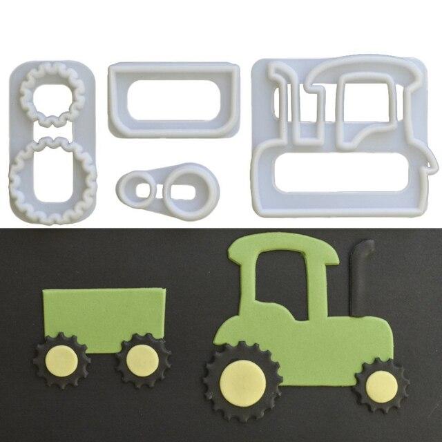 Us 1 01 44 Off Neue Nette 4 Stucke Traktor Schneider Kunststoff Kuchen Dekorieren Form Sugarcraft Form Cookie Schneidwerkzeuge In Neue Nette 4