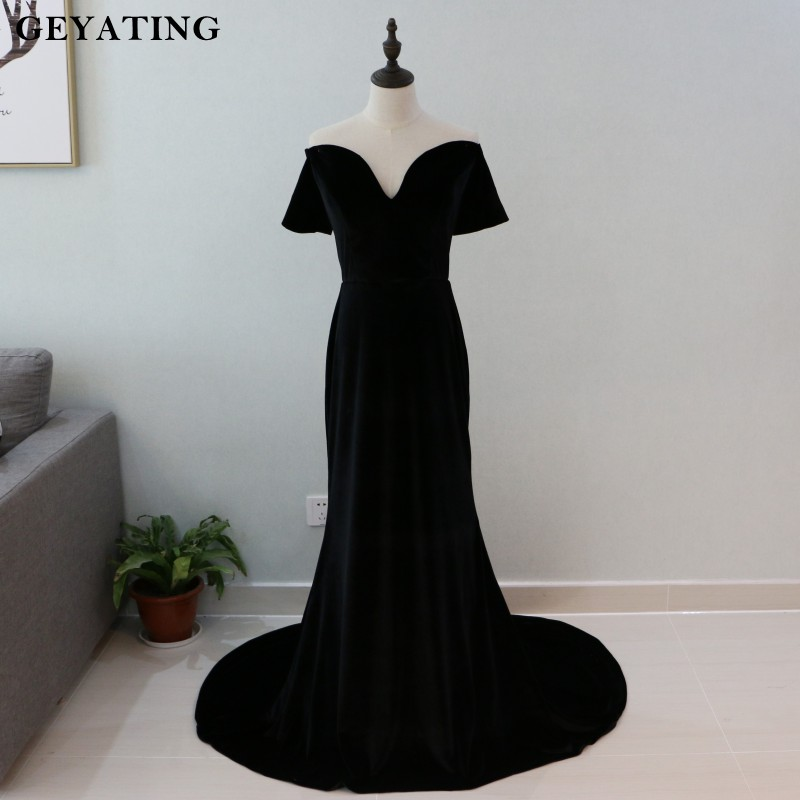 Vintage Black Velvet Mermaid Evening Dresses with Sleeves Lady Gaga Red Carpet Dress Off Shoulder Long Prom Dress Party Gowns