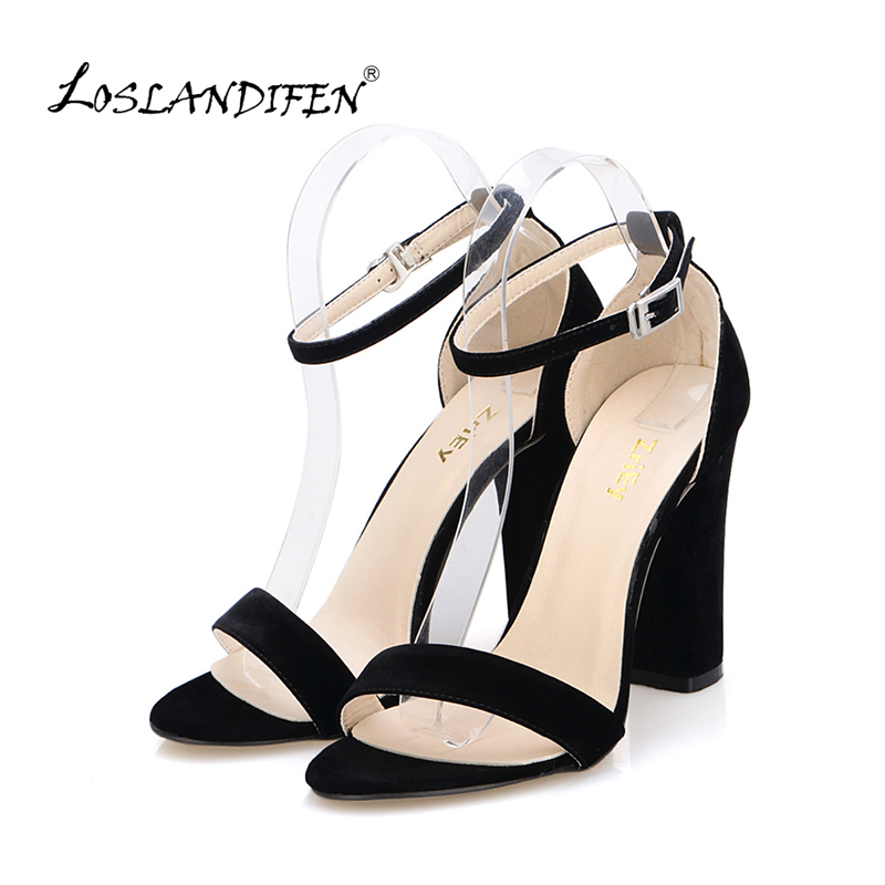 Nyeste Kvinder Pumper Åben Toe Sexy Ankelbånd High Heels Sko Summer Ladies Bridal Suede Thick Heel Sandals 368-1VE